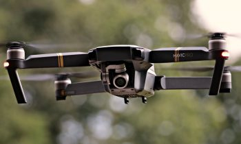 Dron - bezzałogowy statek powietrzny